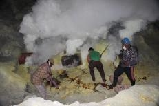 Le travail des mineurs - VoyageDesFruits (2)