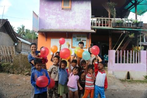 Les enfants du village - VoyageDesFruits