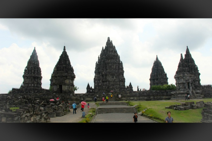 Prambanan Temple - VoyageDesFruits_edited